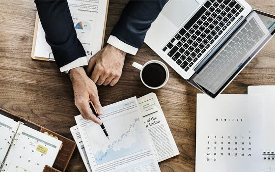 Máster MBA online en ADE (Administración y Dirección de Empresas) + Especialidad a elegir